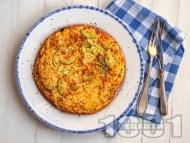 Рецепта Яйчена тортиля с тиквички, картоф и лук на тиган